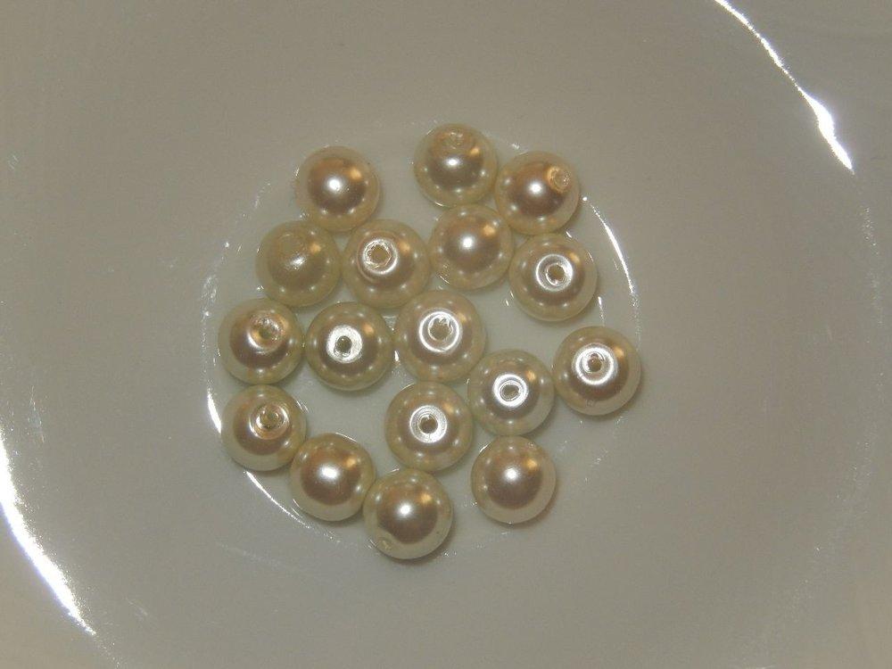P1113 Glasparel wit/lichtgeel rond 8 mm