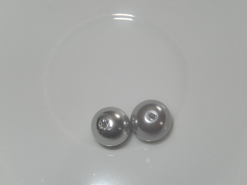 P1411 Glasparel zilvergrijs rond 10 mm