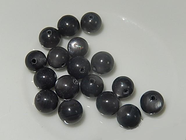 B0311 Glaskraal grijs met sprankeling rond 6 mm