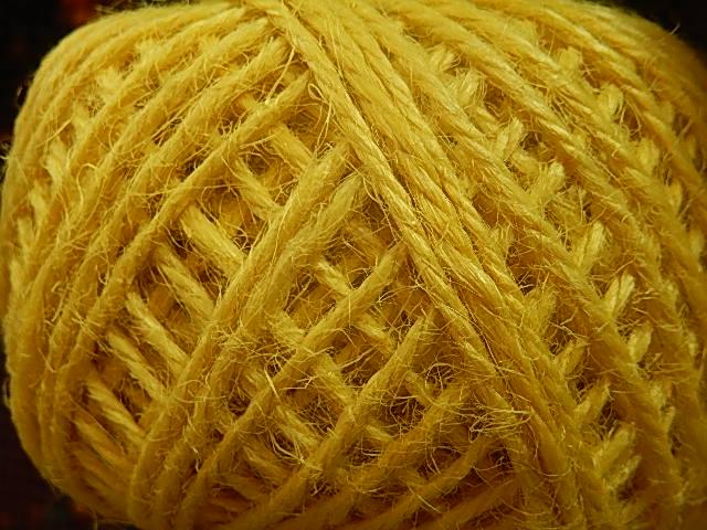 DRJ005 Natuurlijk sisal koord 1 meter lang geel 2 mm