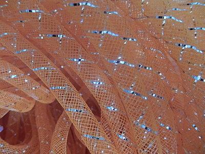DN1801 Mesh tubing vanaf 20 cm gaaskoord 8 mm met zilverdraad oranje