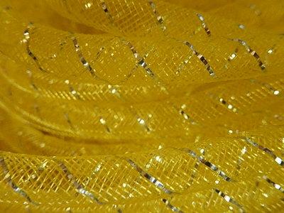 DN1301 Mesh tubing vanaf 20 cm gaaskoord 8 mm met zilverdraad geel