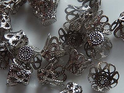KK00122 Filigraan zilveren kralenkapje 1 st 7x9 mm
