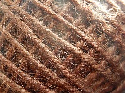 DRJ010 Natuurlijk sisal koord 1 meter lang koffiebruin 2 mm