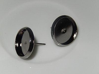 OSM001R12 Staalgrijze metalen oorsteker met zetting voor ronde cabochon van 12 mm